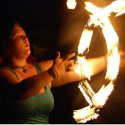 2014 Fire Dancing Expo - Sarah Jones