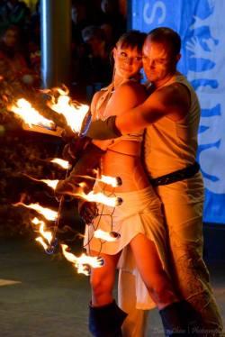 2014 Fire Dancing Expo: Devon D'Light  Coitė