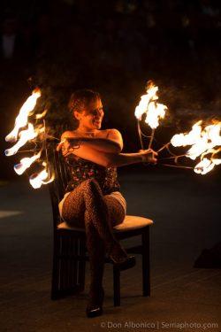 Fire Dancing Expo: Luna Del Fuego