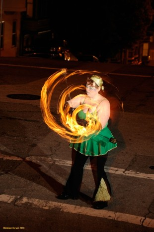 Poi Fire Dancing Lessons - Spiral